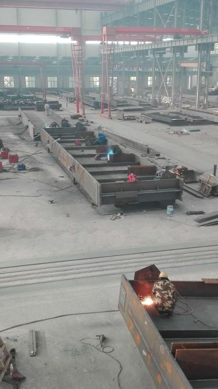 中电投本溪电厂2x350MW 大板梁制作